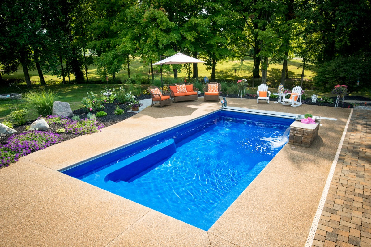 Fiberglass swimming pool prices how much does a fiberglass for Fiberglass inground swimming pools